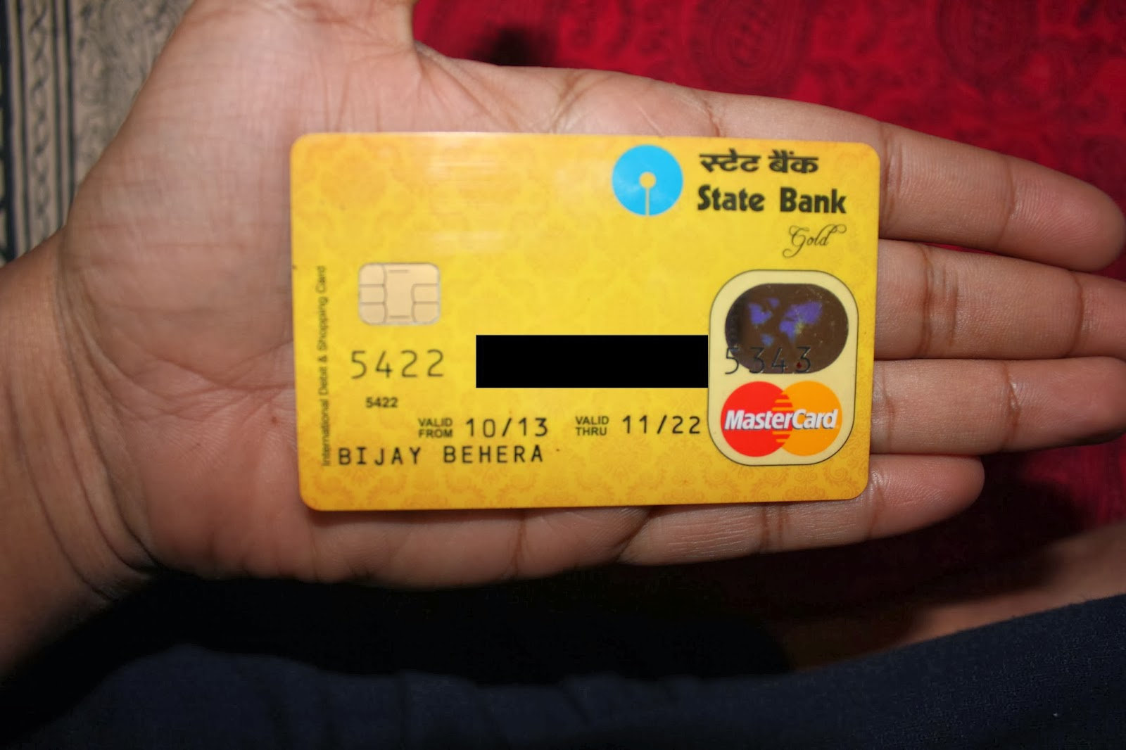 SBI deactivates insecure ATM cards, go check yours