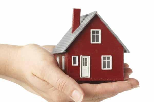 Housing sales drop